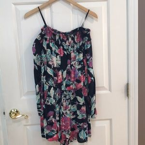 one clothing Pants - Floral Off-the-Shoulder Trendy Romper Large EUC
